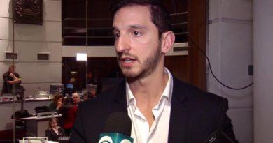 """IM cerró registro para conductores de Apps. Edil Diego Rodriguez dice que es una aprobación """"antijurídica"""""""