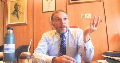 """Diputado Umpierrez: """"un país no puede tener a su economía sujeta a los vaivenes climáticos, año a año, """"con el Jesús en la boca"""""""